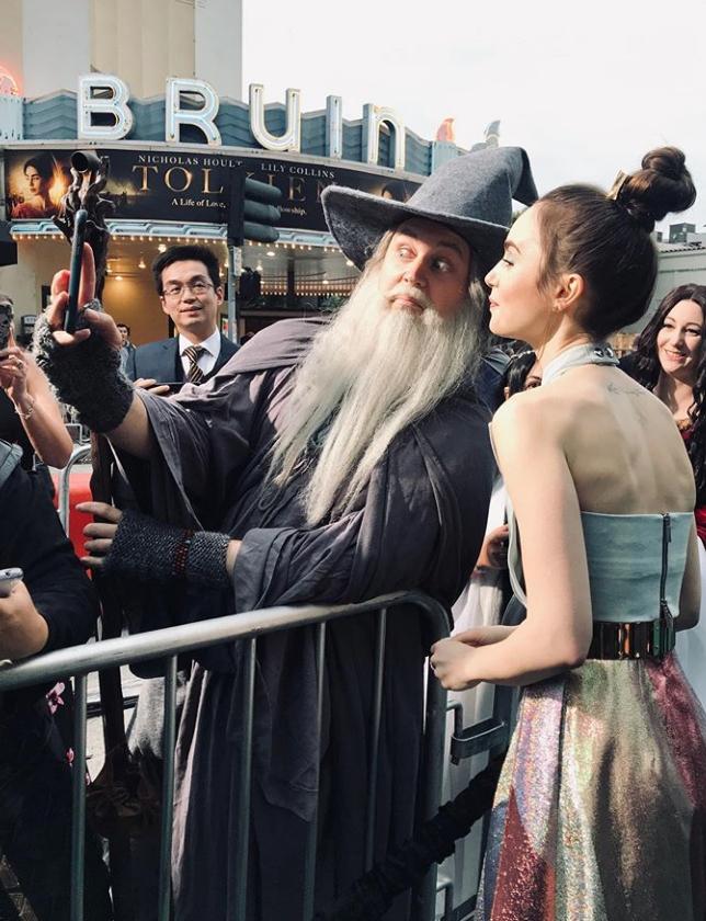 Wizard 'elfies at the LA @tolkienmovie premiere...
