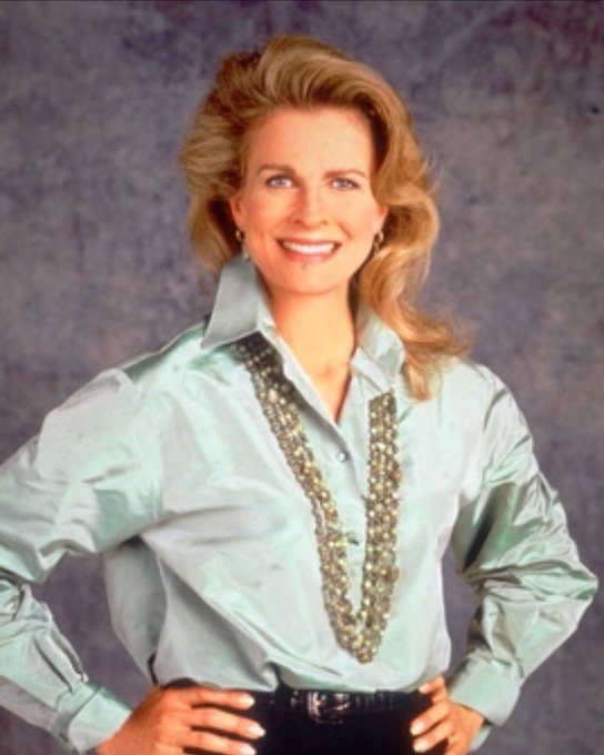 Wishing Candice Bergen a happy 73rd birthday! Watch her play Murphy Brown on