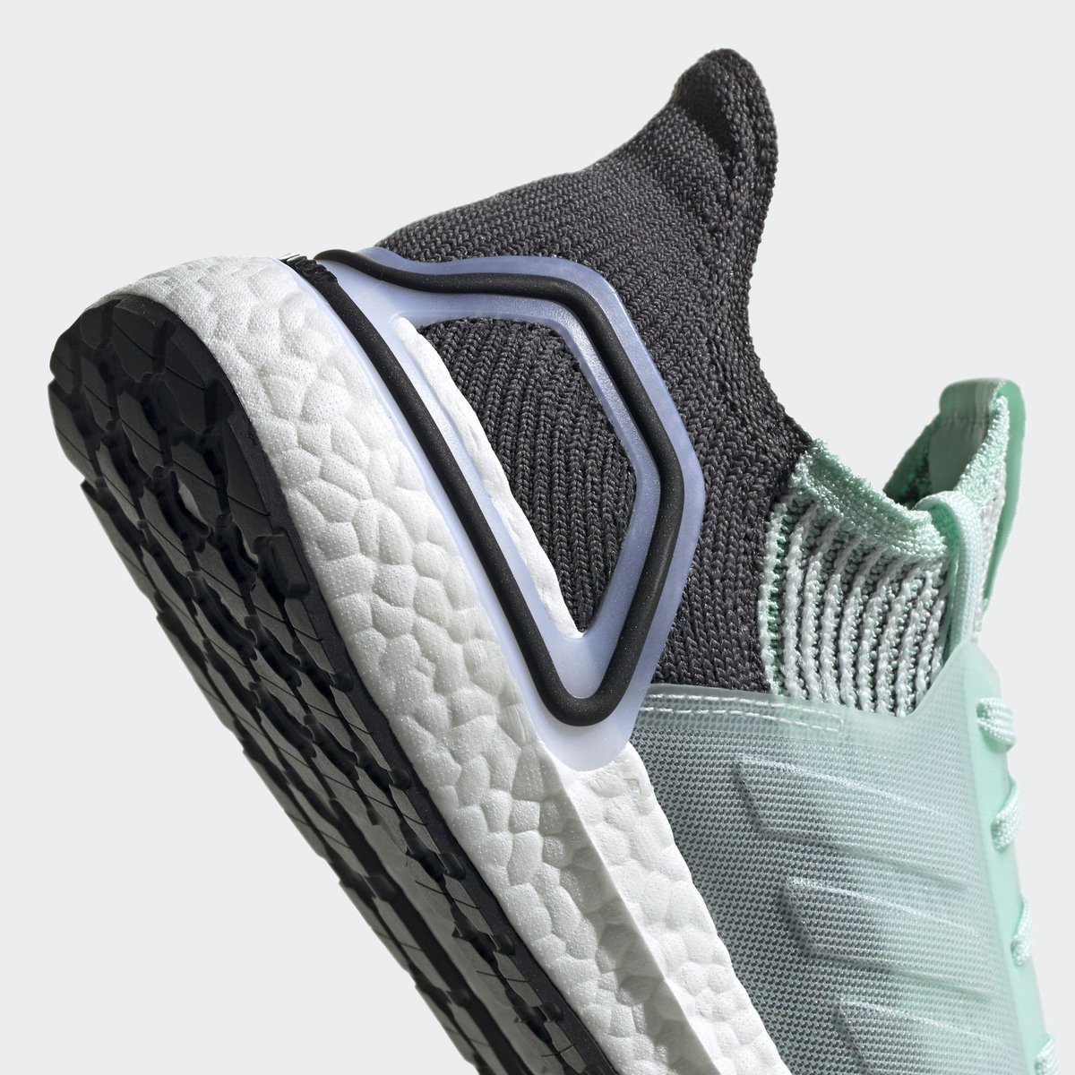 c7b0511ce adidas alerts ( adidasalerts)