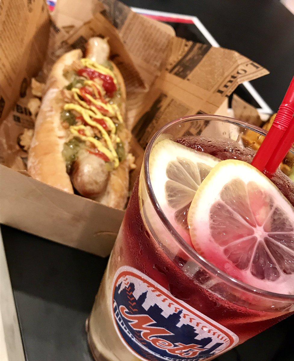スタジアムの雰囲気、そのままに。 カップは持ち帰りもOK!  #MLBカフェ #ニューヨークフェア #hankyu #阪急うめだ本店