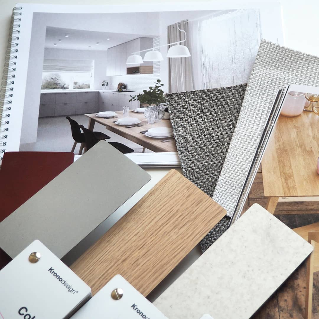 We offer a complete range of products for architects, designers and specifiers with decors available in #MFPB and MF #MDF with matching #laminates. Share your project's moodboard with us with #Kronodesign.    Image by #MarketaLipovaInteriors  #Kronospan #DesignSamples #Melamine https://t.co/6UZMJqICGh