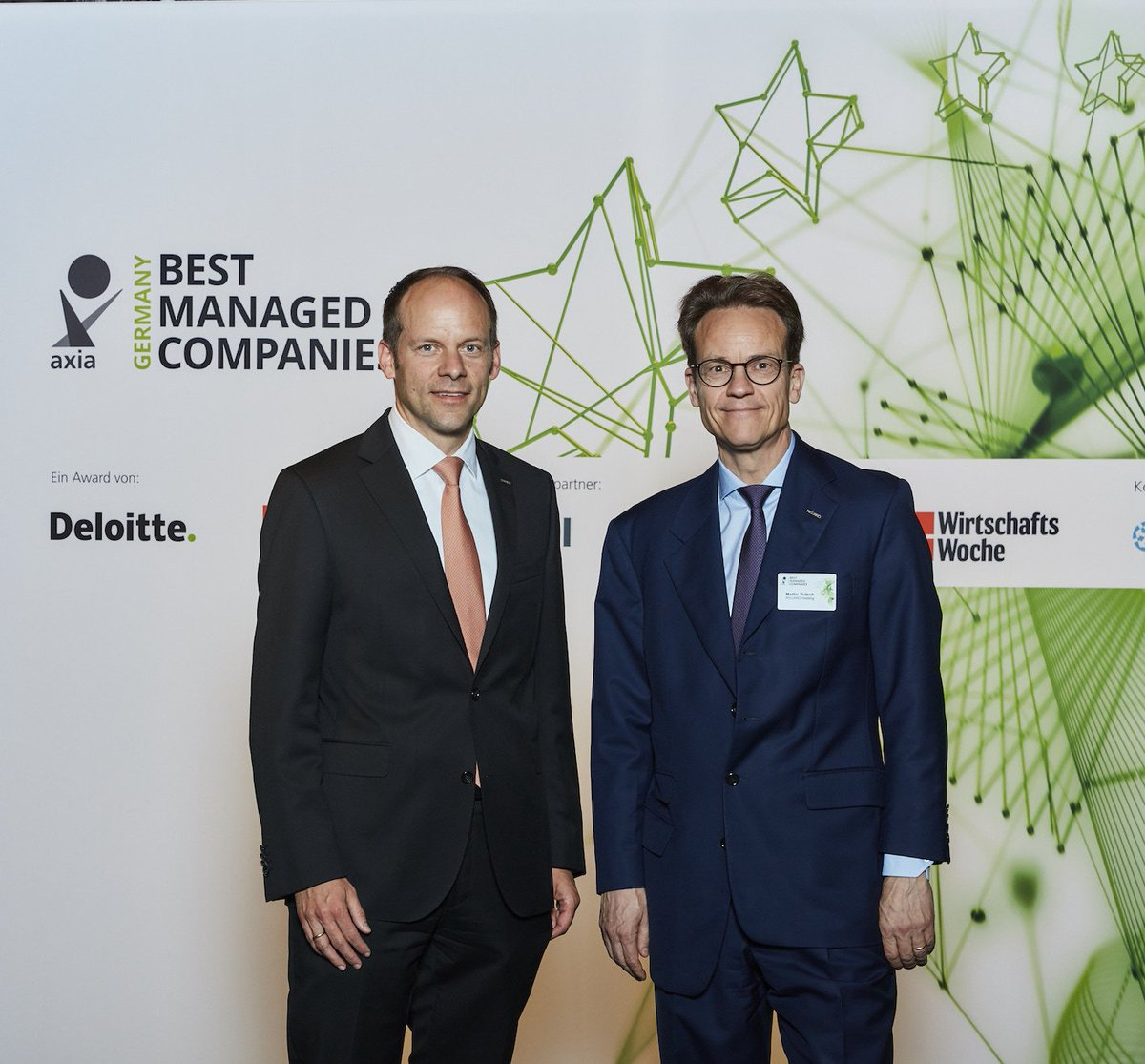 @recaro_de wins Best Managed Companies Award. https://t.co/gjdg1aTdxZ #AxiaBMC https://t.co/zj7ERwDOX6