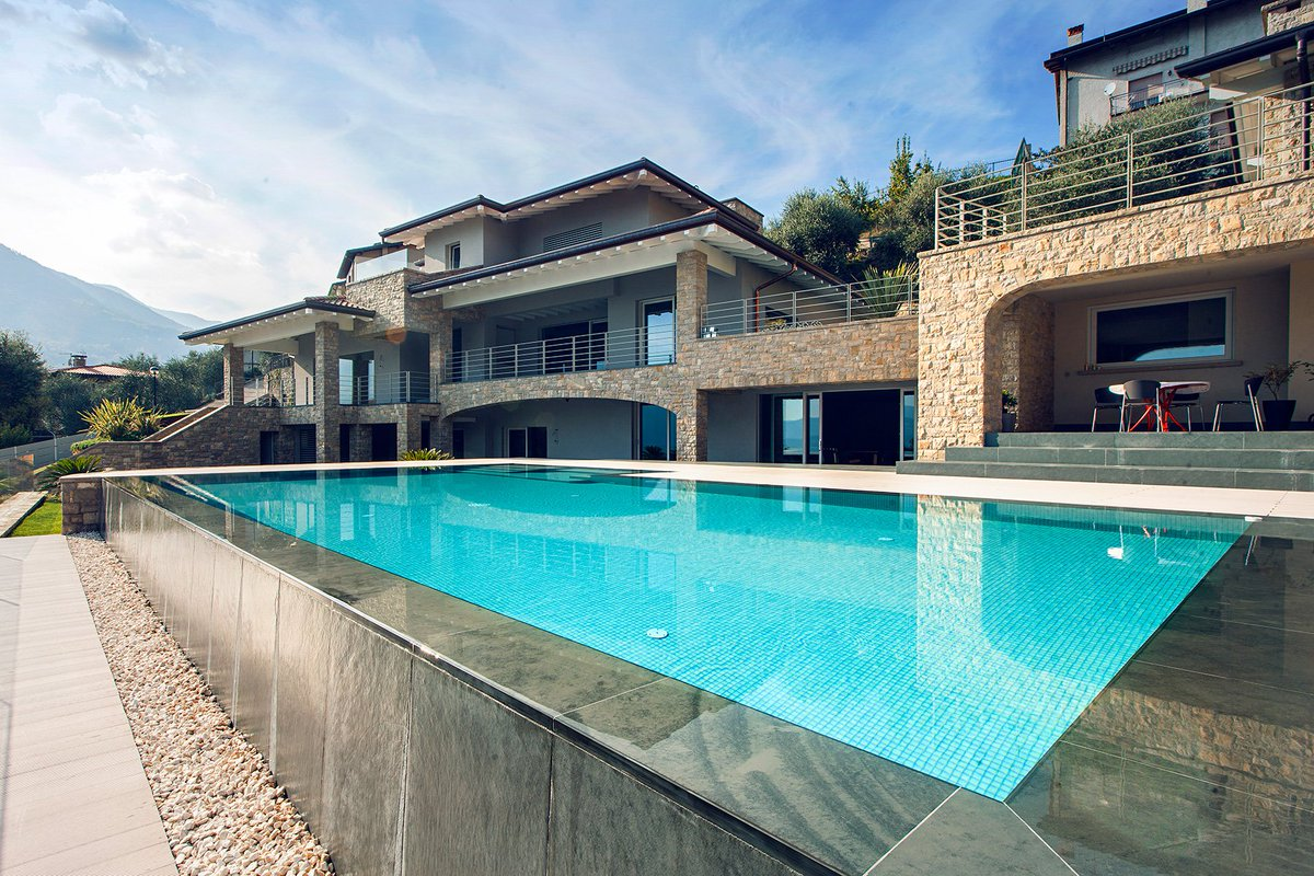 "Piscine Sfioro A Cascata soldi piscine على تويتر: ""#estate #piscine"""