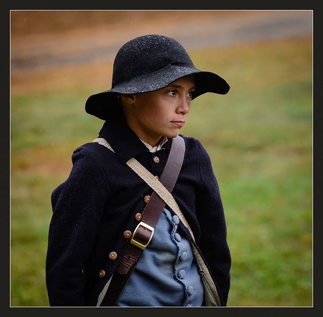 We all hope all this rain will go away soon! #revolutionarywar #reenactment #patriots #newengland #massachusetts #children https://t.co/AGeaxyqeyC