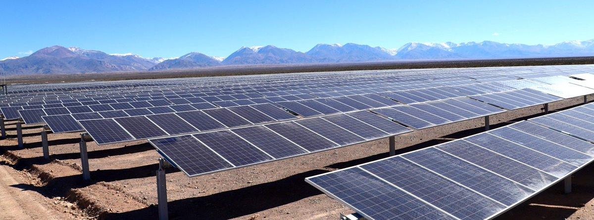 En Argentina, ya son 14 los proyectos solares que están funcionando desde el 2016 y este es el quinto en la provincia de San Juan. #ArgentinaRenovable