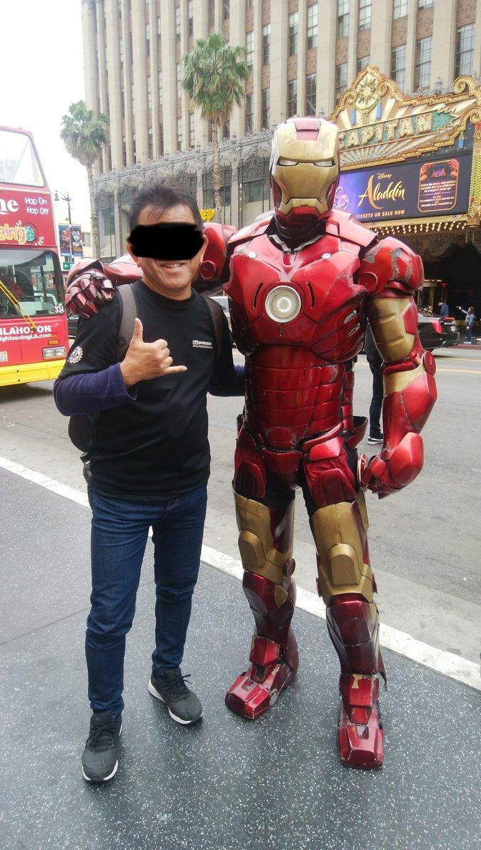 Hollywoodでもう一人有名人と会いました。こんどプロトタイプのスーツをくれるらしいです。貰ったら転職します(^_-)