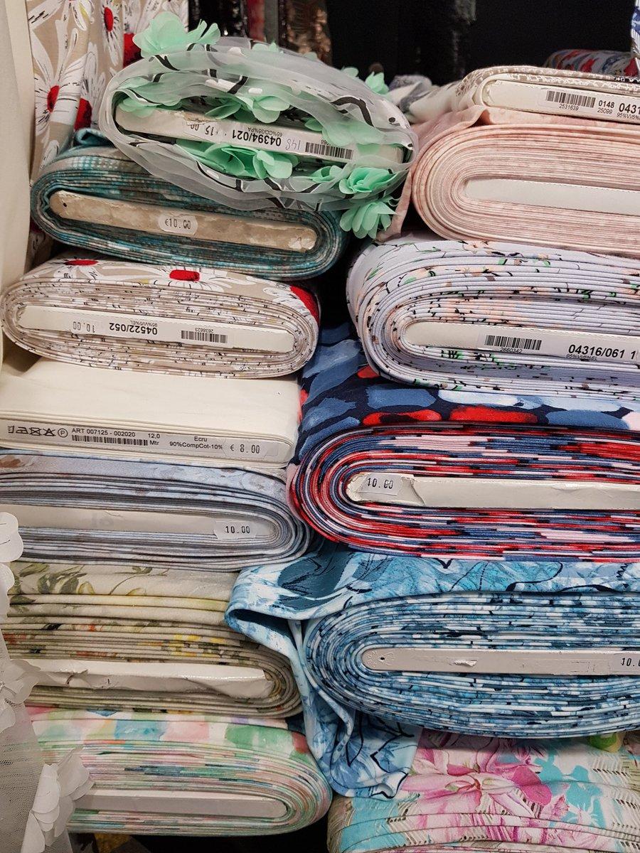 [Demain au #ParcExpoCaen] Venez découvrir la collection Printemps/Eté du salon #Marchéautissu ✂️ 📍 samedi 11 mai 🕙 10h - 17h https://t.co/x7gy4XgxYM