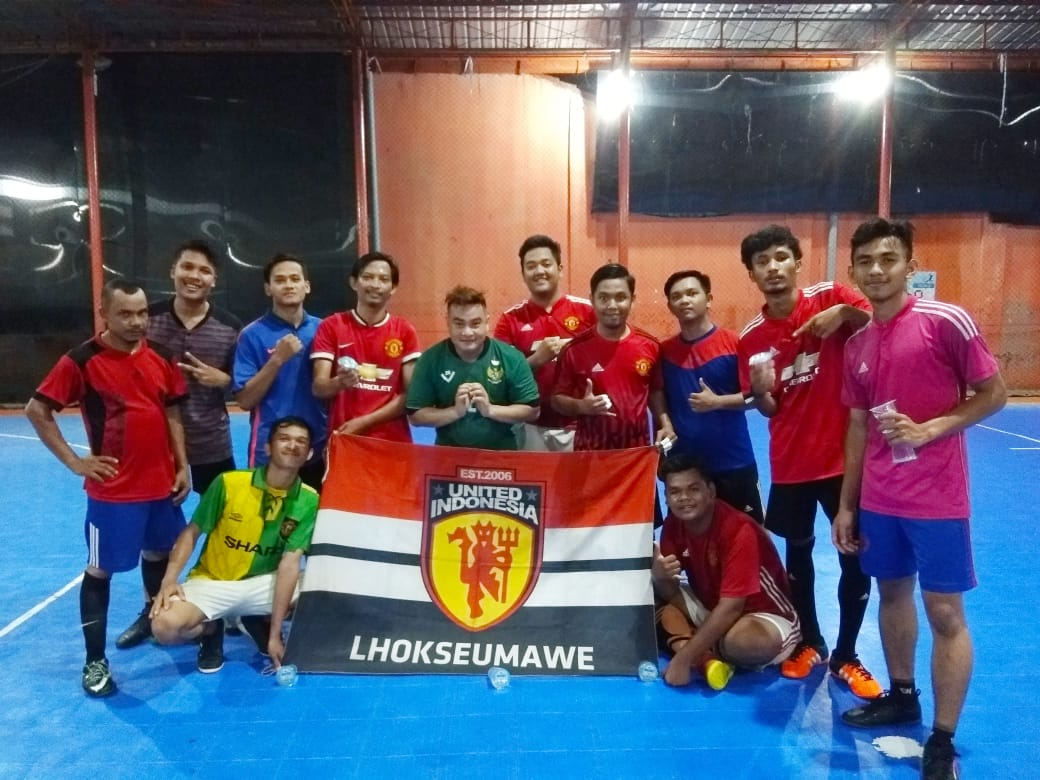 🥂 cheerrss !!  #UnitedIndonesia #UnitedTogether #UnityForUnited #MUFC #FunFutsal ⚽️