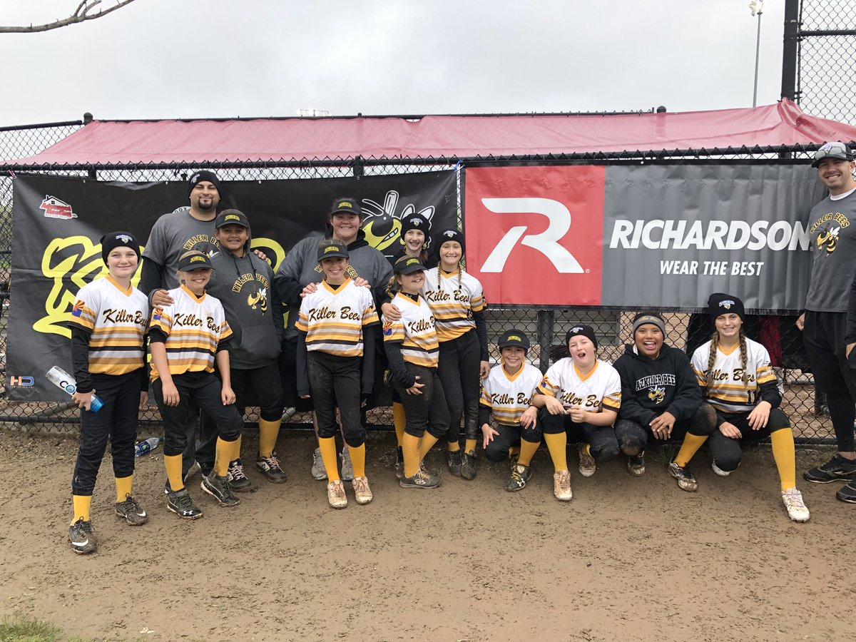 84624d553b097 ... are repping Richardson headwear but they are currently ranked  1 in  Arizona   4th in the nation by USSA Fastpitch! Congratulations lady bees.