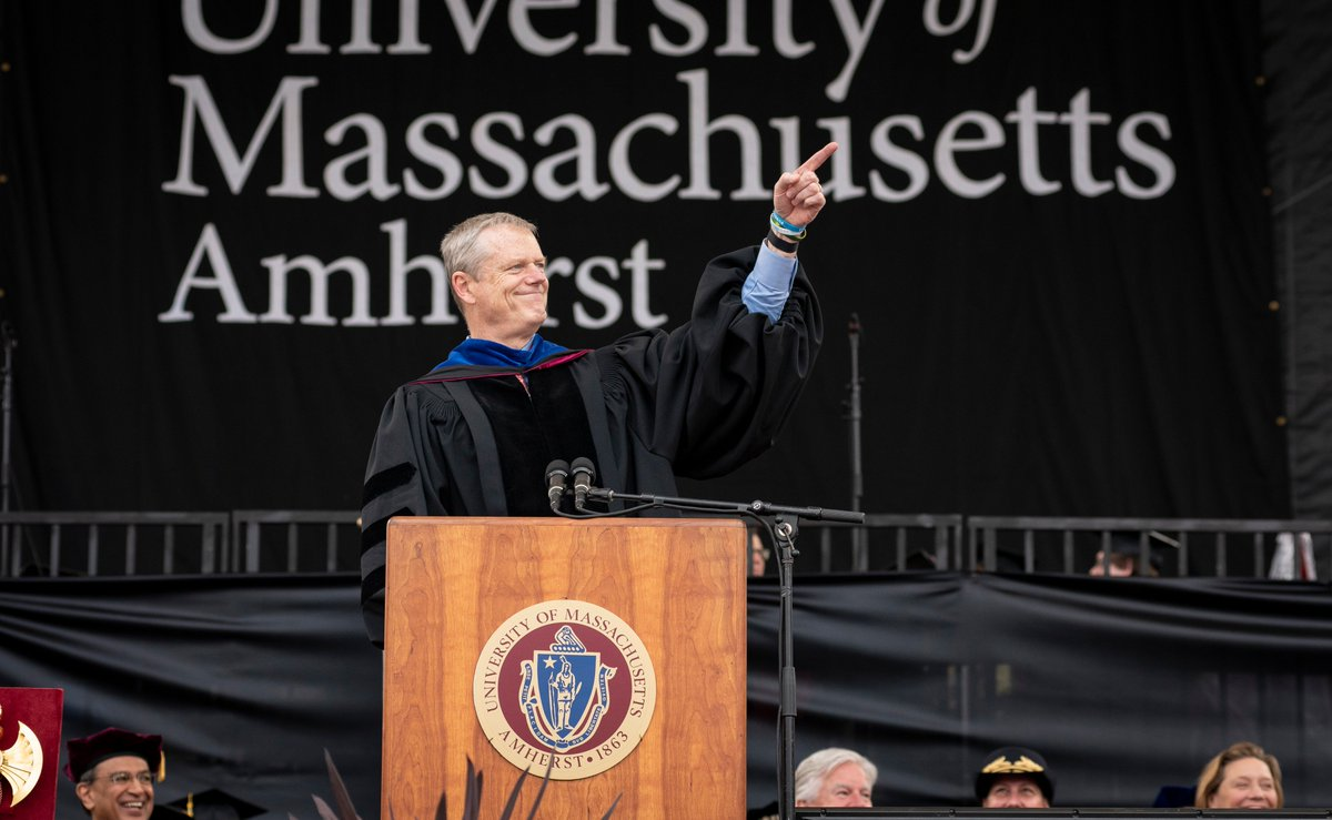 """To the Class of 2019, @MassGovernor Charlie Baker says: """"I wish you all well. Believe it or not, your graduation is just the end of the beginning. The next chapter belongs to you."""" #UMass2019🎓"""