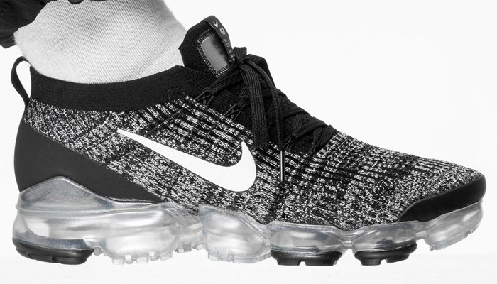 e19de265b0730 SAVE  30 for a limited time at  nikestore on the black white