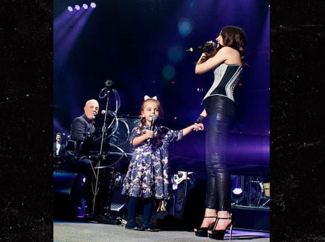 Billy Joel\s Daughters Sing \Happy Birthday\ for His 70th at MSG via