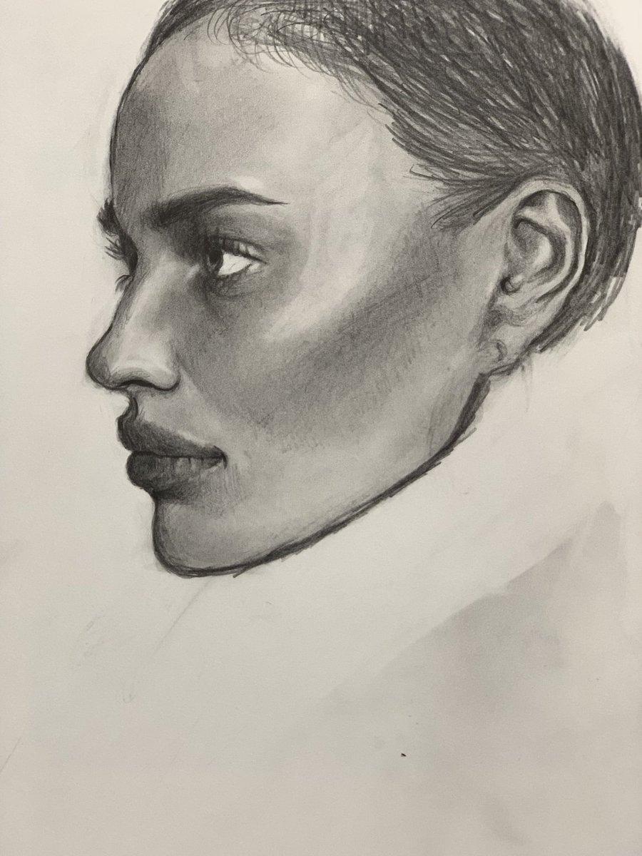 もっと絵描きたい〜〜〜早く転職活動終えたい。#イラスト #デッサン #アート好きな人と繋がりたい #アート #デザイナー