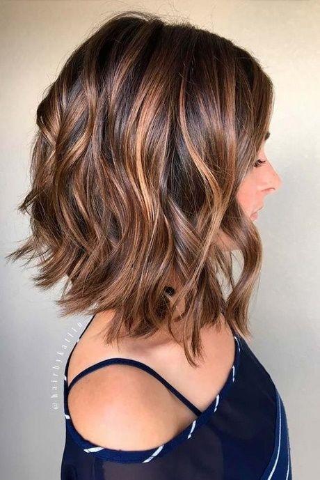 Frisuren halblanges haar locken