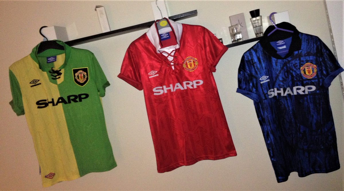 cdc1860db They just don t make them like they used to. Manchester United 1992-1994  Home