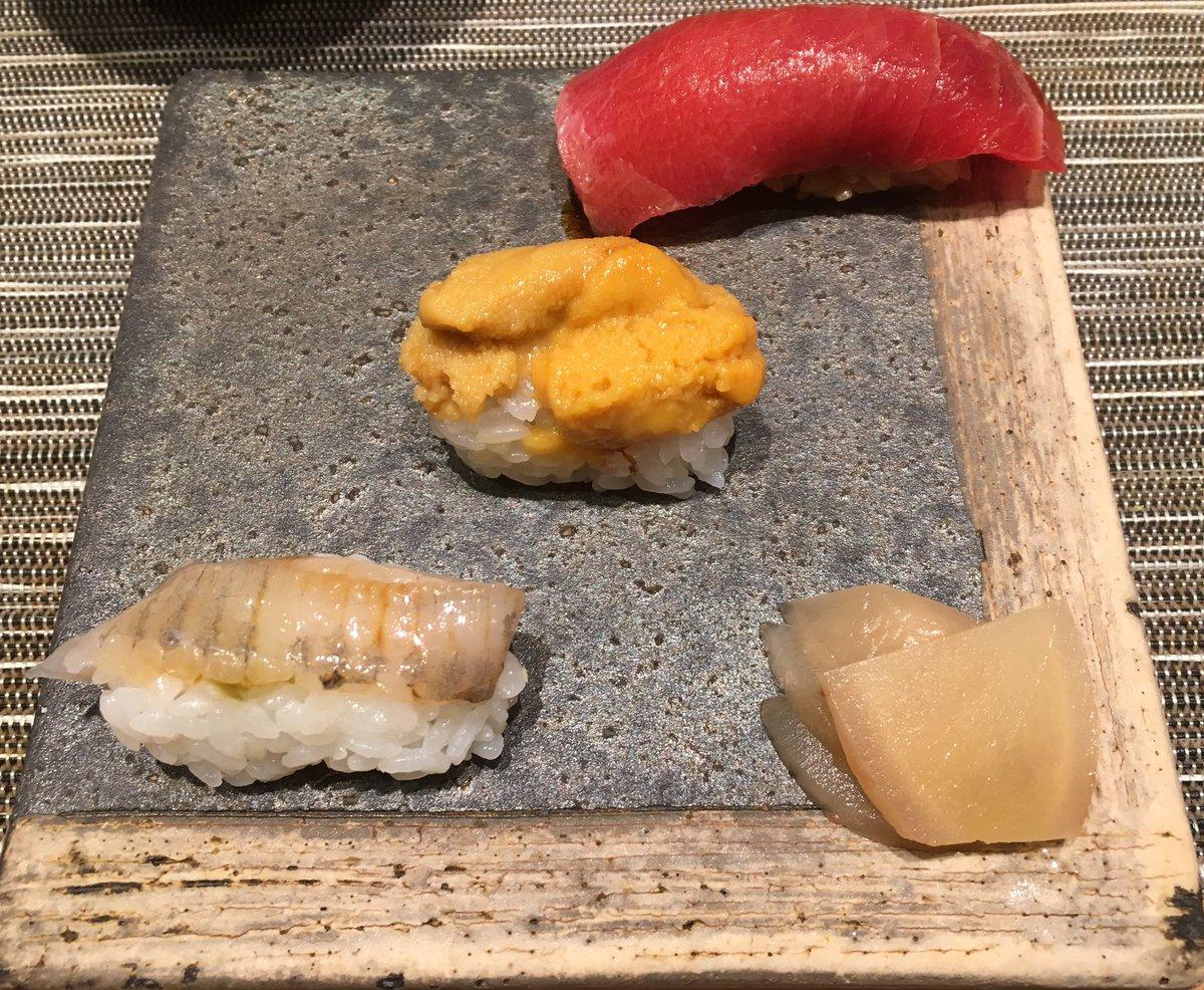 母が長年コツコツと貯めてくれた自分名義の貯金の満期を迎え、そのお礼としてお寿司をご馳走?ありがたく不動産投資に投下しますw