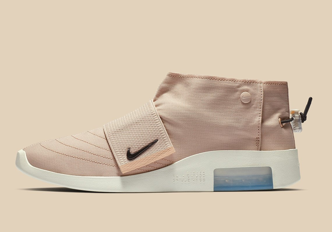 a63b20b2f1 LAUNCH ON MAY 17TH . https://noirfonce.eu/pages/nike-air-fear-of-god-moc-beige-raffle  … https://noirfonce.eu/pages/nike-air-fear-of-god-moc-black-raffle … ...