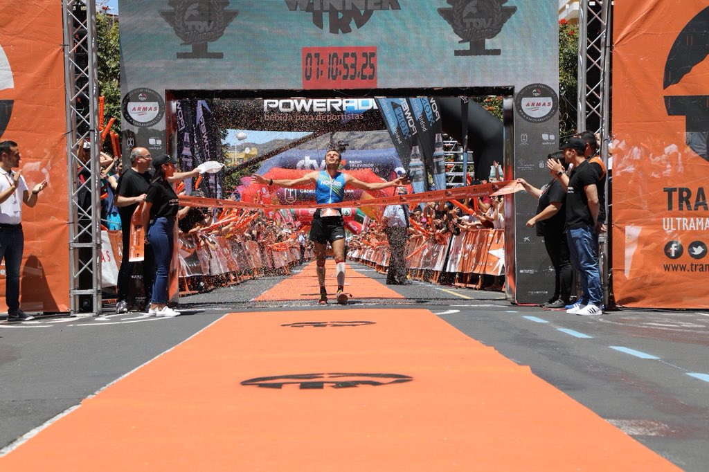 France's Thibaut Garrivier (@HokaOneOne) wins the 2019 #Transvulcania Ultramarathon in 7:10:53!