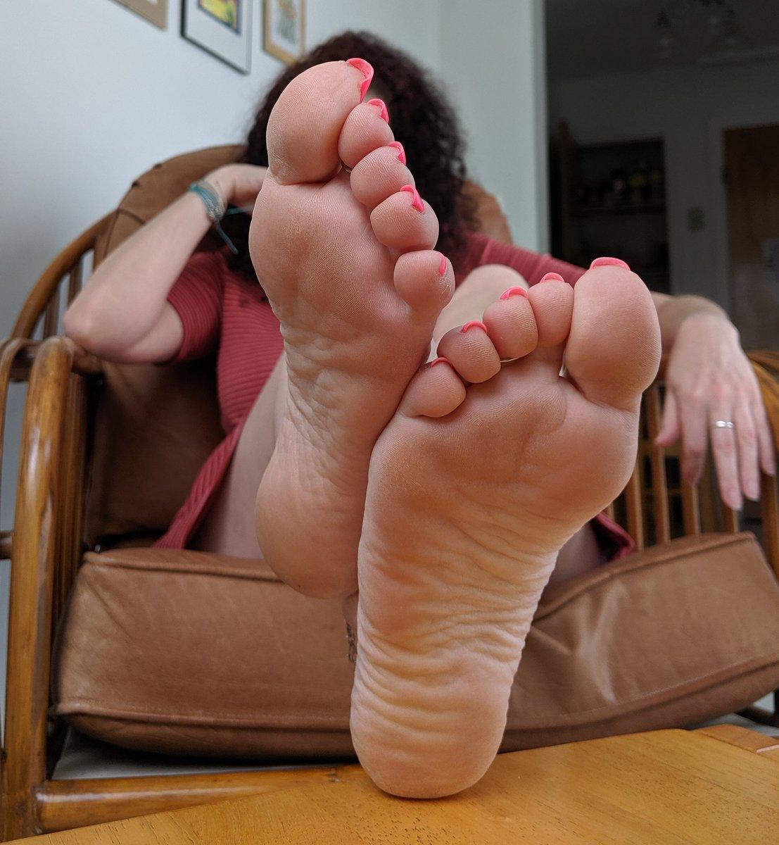 Erotic foot stories — 14