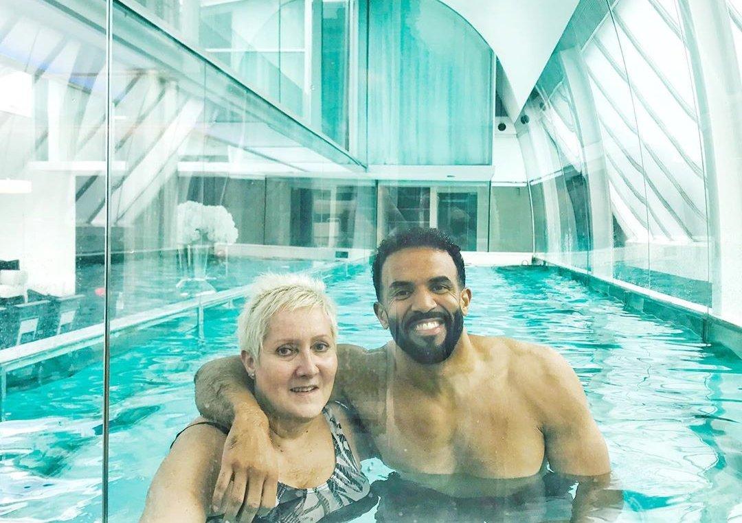 Birthday swim with the birthday girl🙌🏽🌊 Love you Mum❤️✨ https://t.co/PhnD6NyR1S https://t.co/Ys8m2bklxl