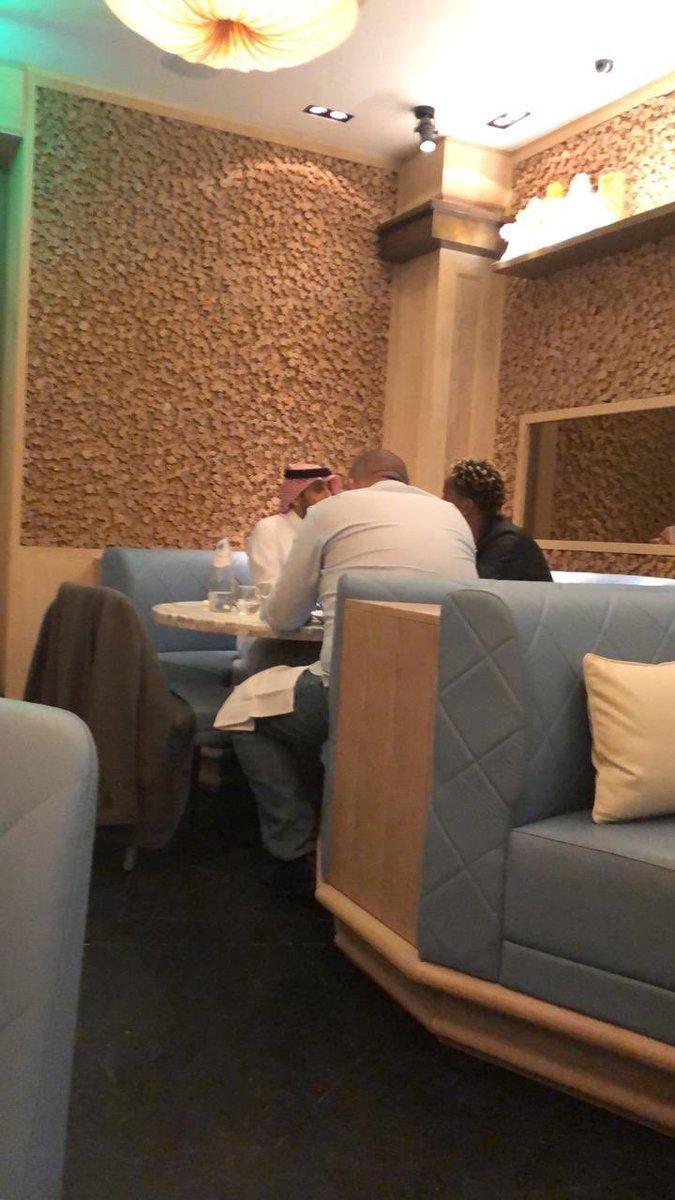 سامي الجابر برفقة كاريلو ووكيل أعماله .  أبو عبدالله جمايله واجد علينا 💙