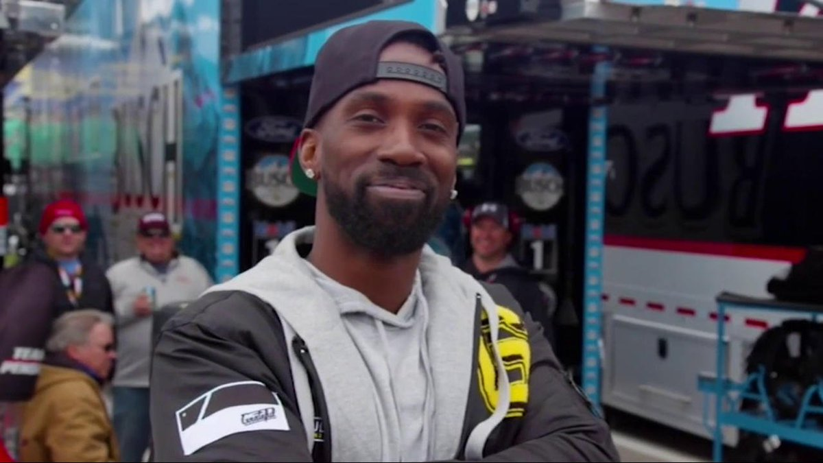 NASCAR is a LOT louder than baseball. @Phillies outfielder Andrew McCutchen hangs out with @MW55 in Kansas!  @TheCUTCH22 | @MLBonFOX
