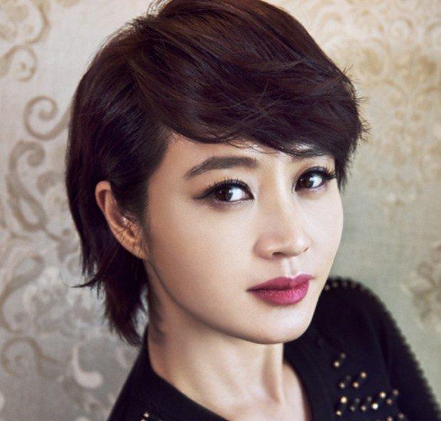 【韓国女優】光る肌になるなら 顔脱毛 エステサロン 高級化粧品【即効性は神】