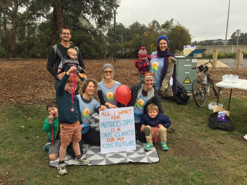 Today Canberra members of @ap4ca and @acf participated in a great mothers day event- #mdc2019. The free muffins we brought disappeared very fast as did the acf scorecards we handed out! <br>http://pic.twitter.com/aPnB9HO0km