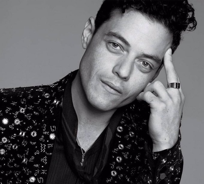Happy birthday to Mr. Rami Malek. I m over here fuckin crying