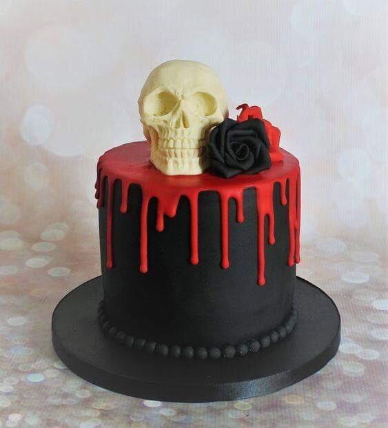 #Cake 🍰 Awesome of the Day: #Gothic Black Hat 🎩 With White Skull 💀 Black & Red Roses 🌹 Pièce Montée #Weddingcake 💍 #Birthdaycake 🎂 via @GhouliaChilds #SamaCake