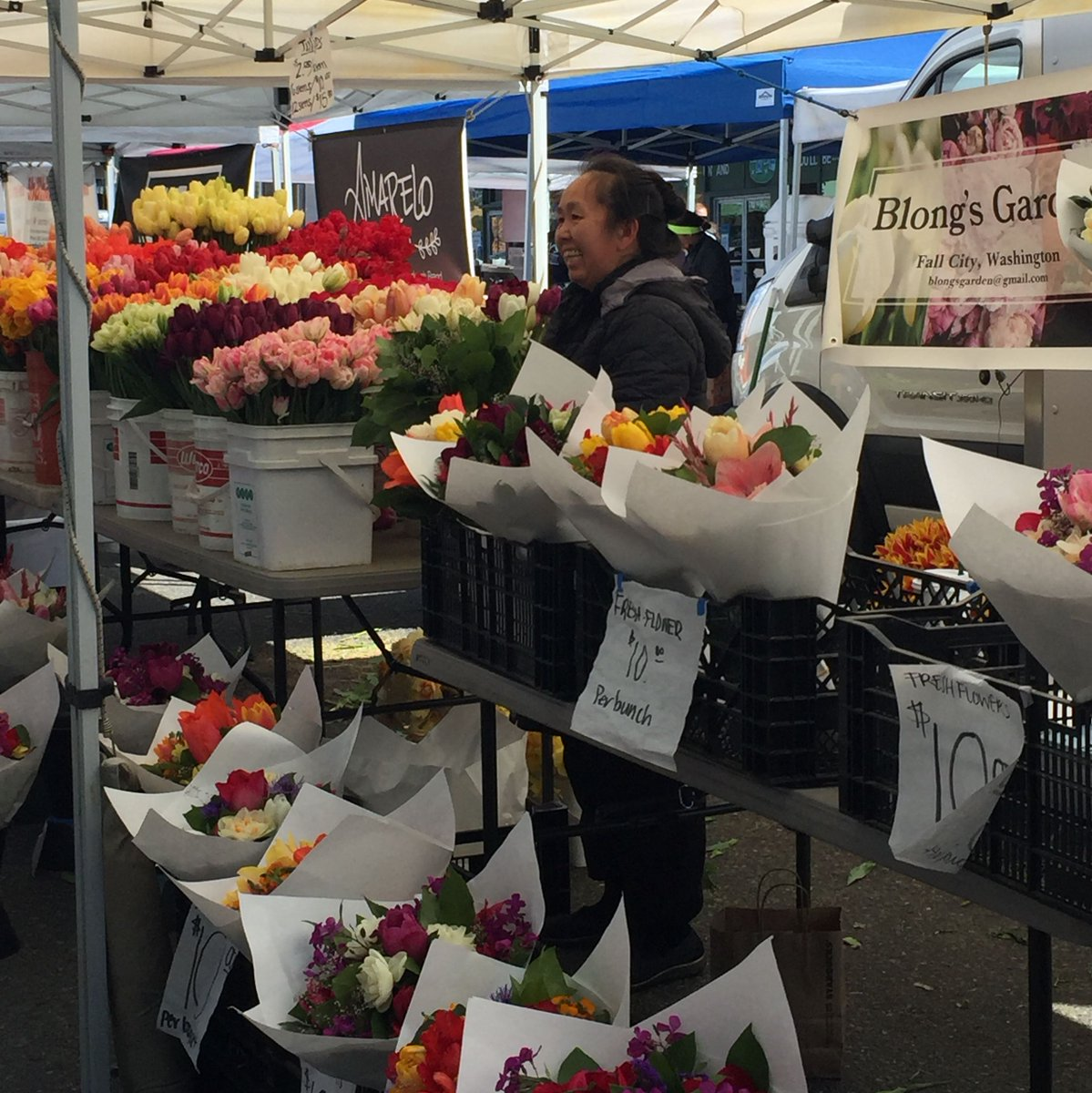 Farmers Market Began Its 2009 Season >> Seattle Farmers Mkts Seattlefarmmkts Twitter
