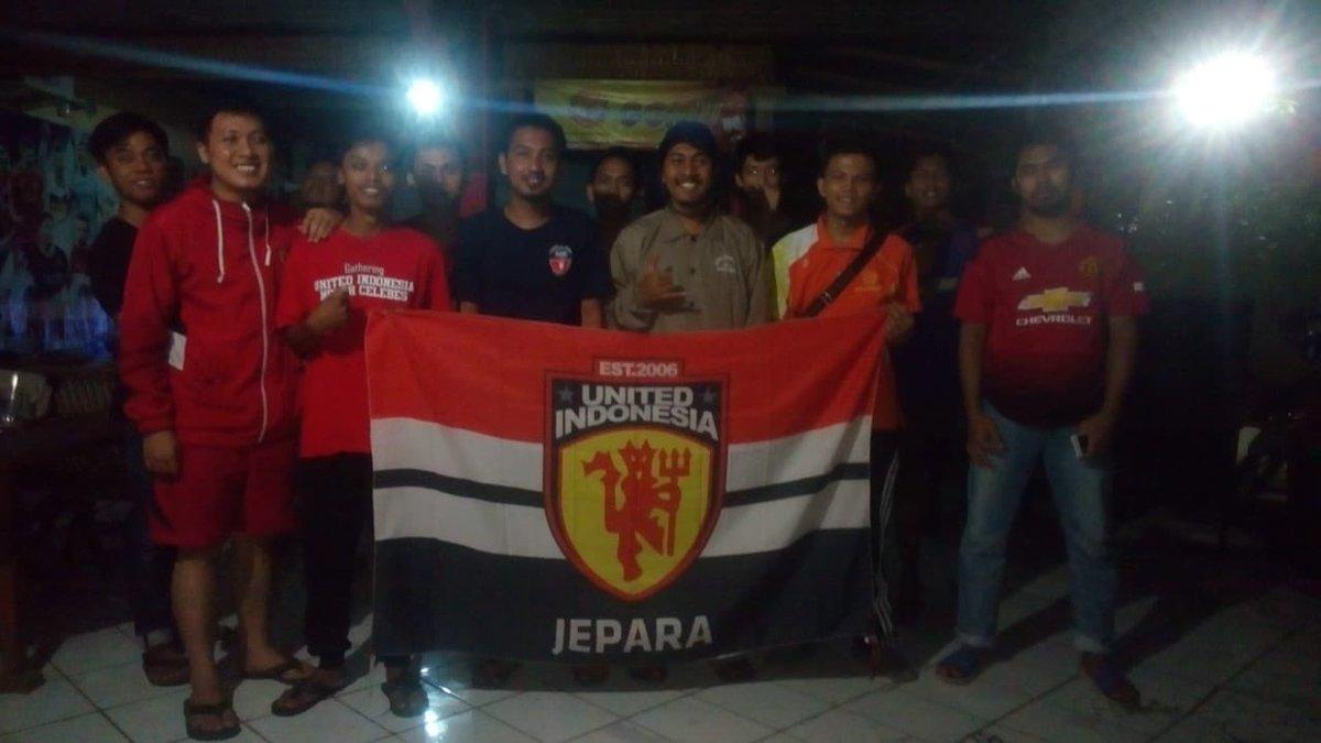 Terimakasih semua yg sudah hadir malam ini, dan yang sudah hadir nobar selama satu musim 2018/2019, sampai jumpa di #NobarCOJ musim 2019/2020 .... . #NobarCOJ #UnitedIndonesiaJepara #UnitedIndonesia #UnitedTogether #UnityForUnited