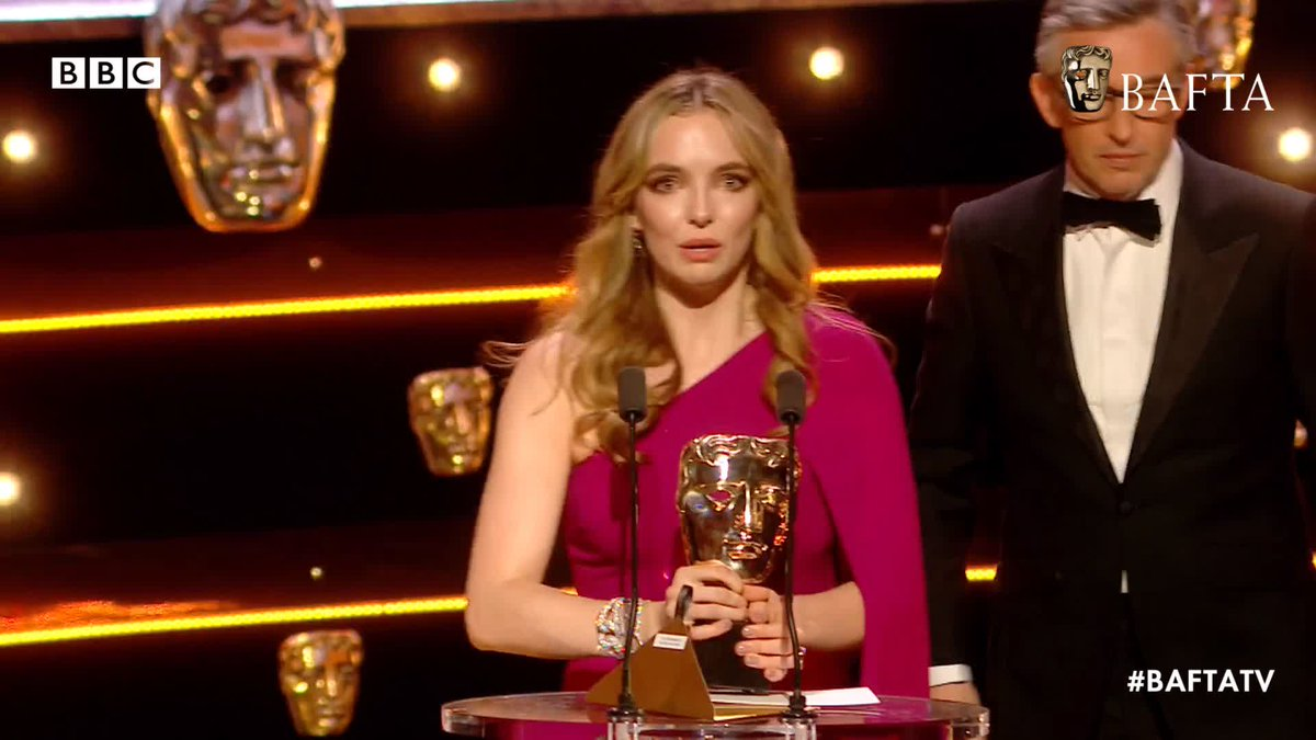 A HUGE congratulations to the wonderful @jodiecomer who picked up the BAFTA for Leading Actress for her role in Killing Eve, dedicating the award to her Nana ✨🥇🙌 #BAFTATV