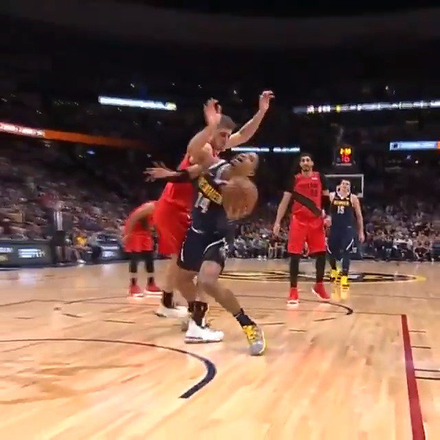 Gary Harris flips up the circus shot... and it drops! #NBAPlayoffs #MileHighBasketball 72 #RipCity 71 Headed to the 4th on #NBAonABC