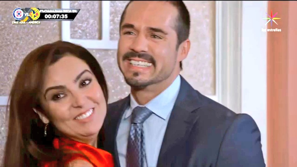 ¡Se van a casar! 💙😭😍  #FinalRingo https://t.co/c1i4SunvmI