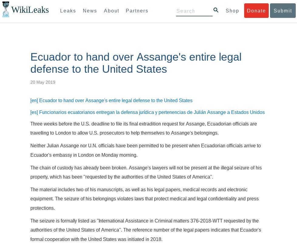 Press release: Ecuador hands over Assange&#39;s entire legal defense, manuscripts, to US prosecutors  https:// wikileaks.org/Ecuador-to-han d-over.html &nbsp; … <br>http://pic.twitter.com/Fvdv8iWK0H
