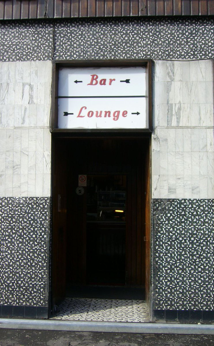 Step back into the #1960s at the iconic listed Laurieston Bar in Glasgow. bit.ly/2VEkoHG @HistEnvScot @SLTAssociation @CAMRA_Official @peoplemakeGLA