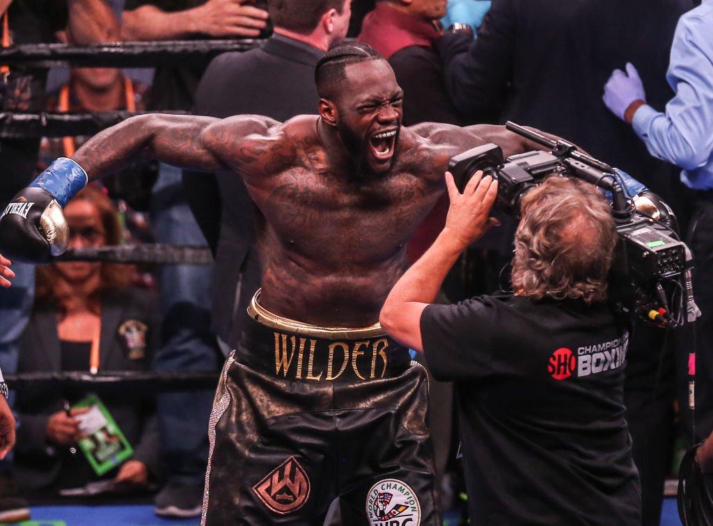 Tyson Fury? Anthony Joshua? Deontay Wilder will probably fight one of them next year. 👉 bbc.in/2JPQLRF