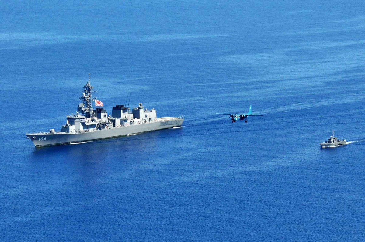 5月15日、派遣海賊対処行動水上部隊 護衛艦「さみだれ」は、パラワン島東方海空域において、比海軍駆潜艇「フェデリコ マルティア」及びアイランダー312航空機と捜索救難訓練を実施しました。また、5月17日~19日、スービック港においてスポーツ交歓や特別公開などの親善行事を実施しました。????