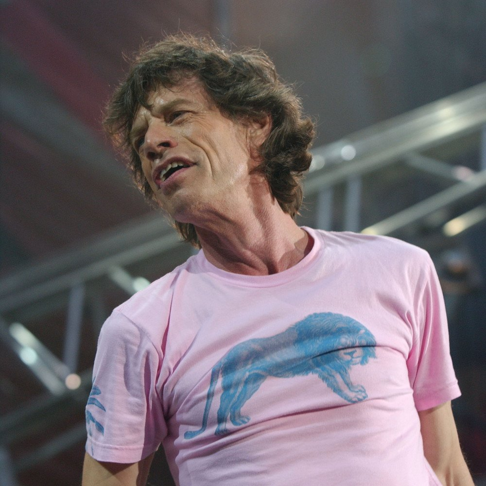 The best music hits now Sweet Thing by Mick Jagger on bit.ly/2qKUWDA