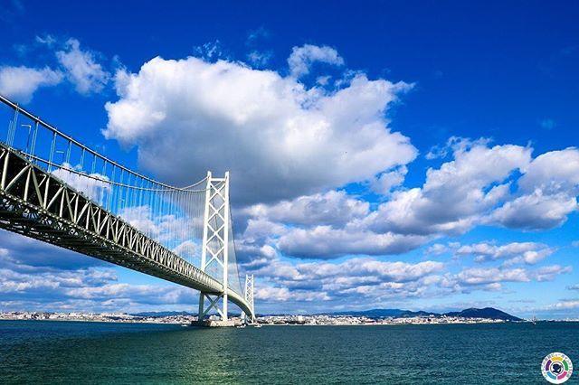 ビューポイント150選をご紹介します。淡路No.9 淡路市 <ビューポイント> 道の駅あわじの護岸施設付近。 <見えるもの> 明石海峡大橋。  #hyogoview150 #ひょうごの景観 #viewpoint150 #lovehyogo #兵庫県