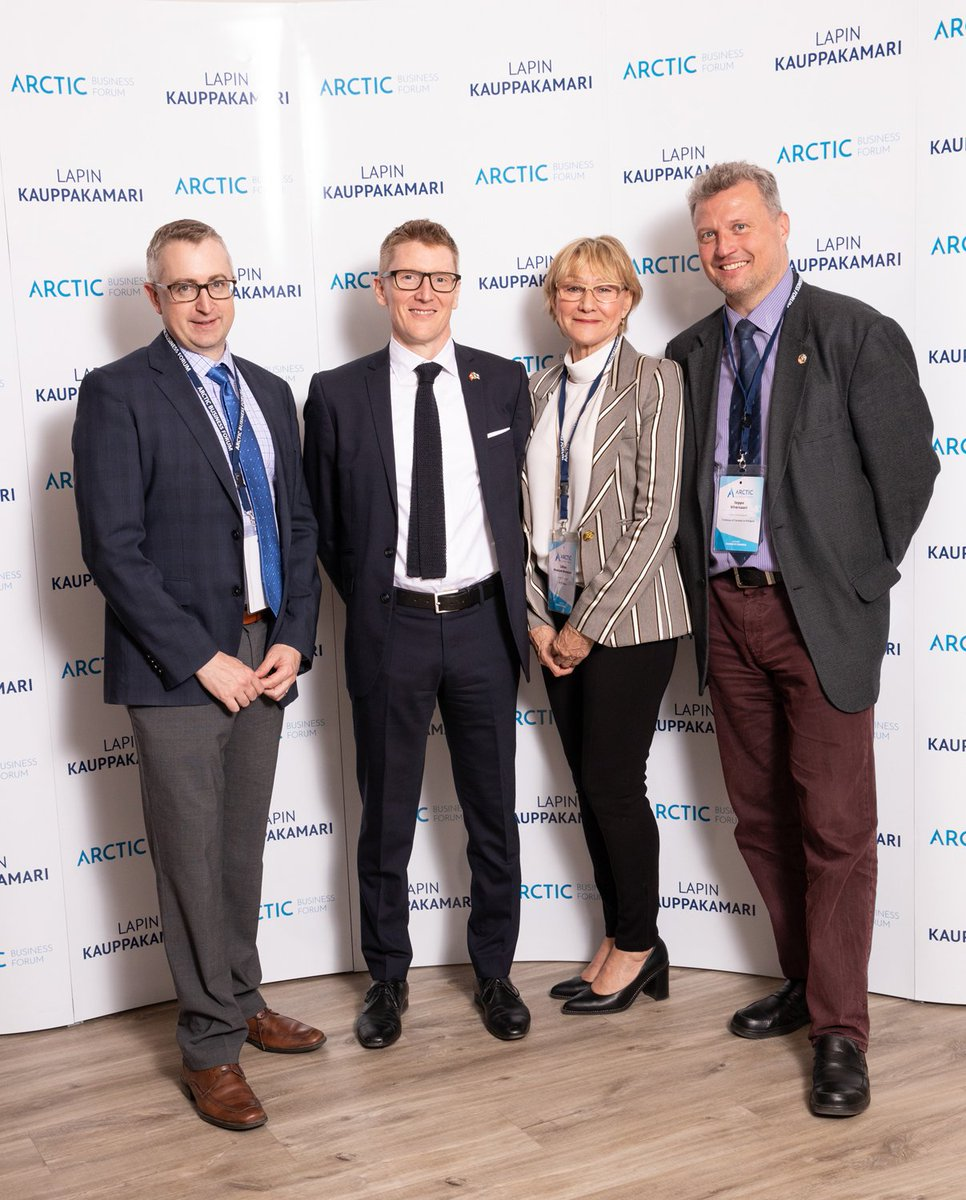At @ArcticBusinessF, Amb Tolland spoke to the positive effects regional fora like @ArcticEcom   can have on Northern development. Here with #CAN representatives Lillian Brewster, @ATCO  VP Indigenous Community Relations & Development, and Curtis Shaw, Pres of @northwestel