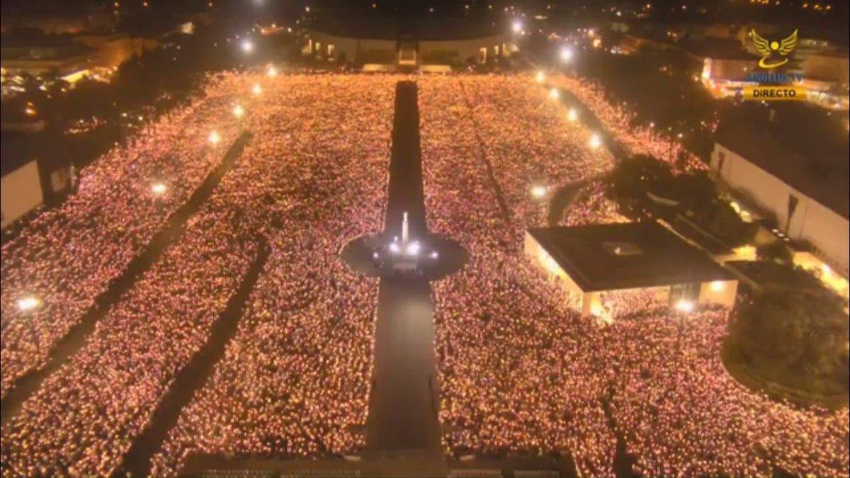 Resultado de imagen de explanada del Santuario de Fátima 13 de mayo 2019