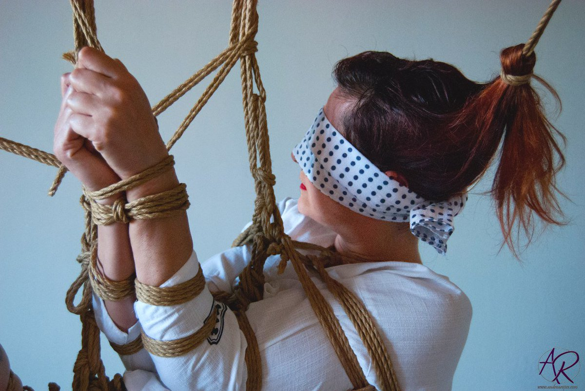 Multiple partner rope neck bondagetures, paris parker model