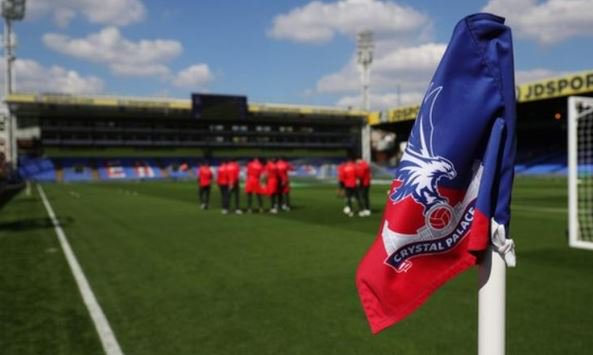 """Disgraceful"".  Crystal Palace have condemned racist comments by a three-year-old.  https://bbc.in/2Q3TuYD"