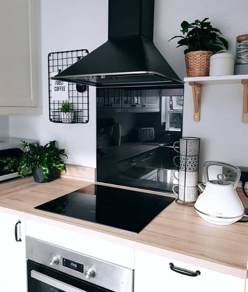 We ❤️ this snap from @macway [via Instagram], featuring our White Evoke Kettle: the perfect addition to any new home ✨. Like and RT for the chance to #WIN one for your own home! T&Cs apply: https://t.co/jeUR8uXJo1 https://t.co/dQQijOayoV