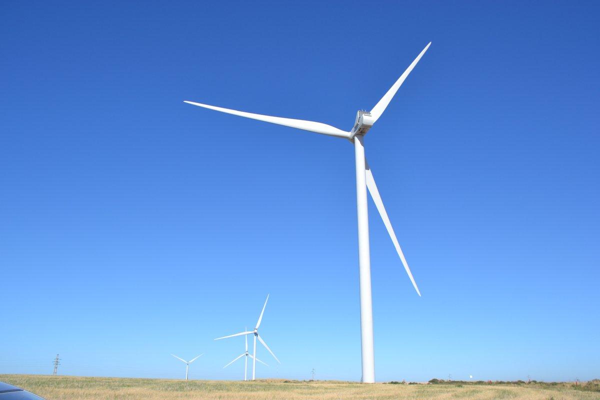 El Parque Eólico Pampa Energía en Bahía Blanca ya empezó a aportar electricidad al sistema para grandes usuarios privados, con una potencia instalada de 50,4 MW. #EnergíaDelViento