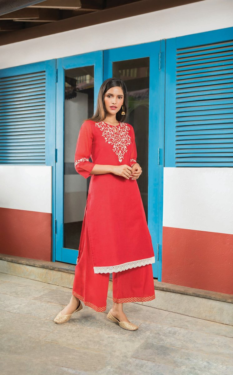 be4b0f3fe78 Shop from a wide range of ethnic wear at the nearest Trends store   GetThemTalking  ethnicwear  newarrivals  RelianceTrends  InstaStyle ...