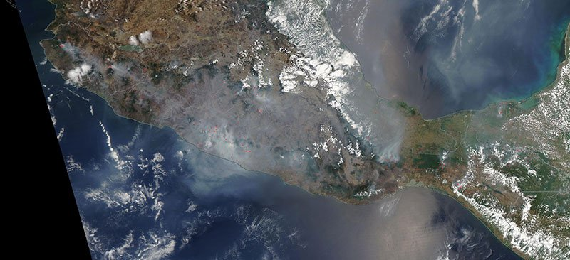 #NASAWorldview Image of the Week: Fires in Southern Mexico, as observed by the NASA Aqua MODIS instrument on 5/12/19. go.nasa.gov/2Hhaec8 Interact with image using Worldview: go.nasa.gov/2JCKOqU