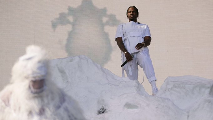 HAPPY BIRTHDAY TO THE GREATEST RAPPER ALIVE   THE LAST COCAINE SUPERHERO  IF YOU KNOW YOU KNOW